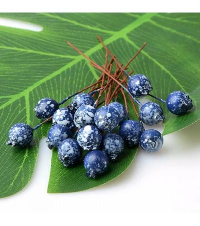 Веточка с ягодкой, синяя